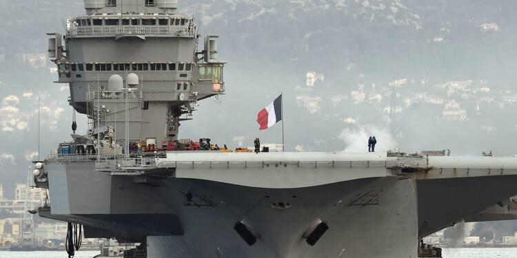 Macron Sur Le Porte Avions Charles De Gaulle En Attendant Son