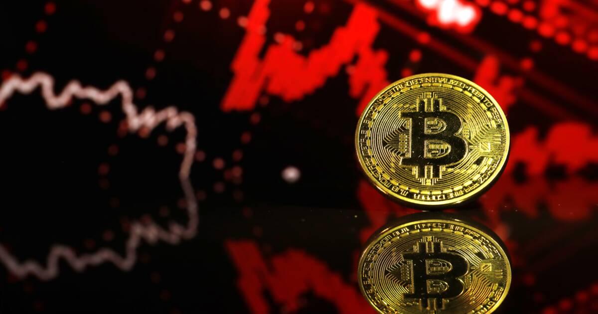 Nouveau plus bas annuel pour Bitcoin : les raisons de la dégringolade