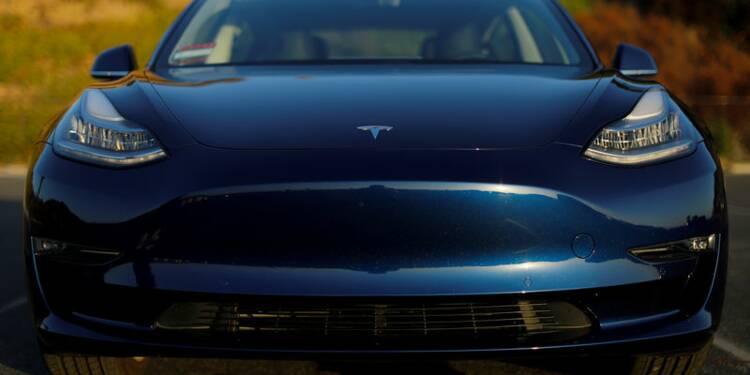 Tesla commence à prendre des commandes pour la Model 3 en Chine