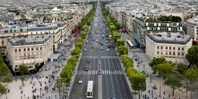 Sur les Champs-Elysées, le loyer commercial est 100 fois plus cher que la moyenne française