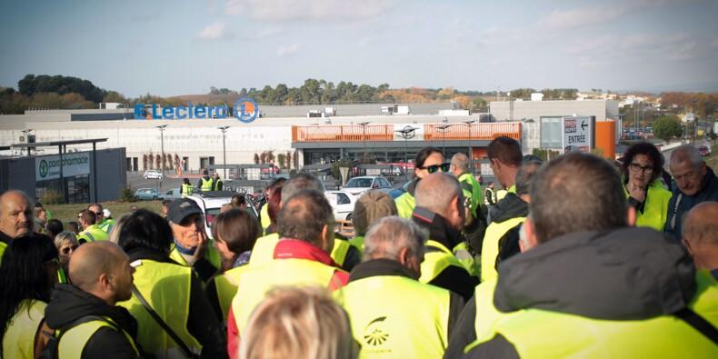 Gilets jaunes : les hypermarchés ont accusé de lourdes pertes ce week-end