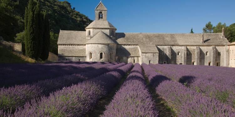 Les people à la rescousse d'une abbaye du Luberon
