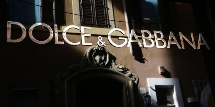 5eab95fc67596 Dolce   Gabbana lâché par les sites chinois de e-commerce - Capital.fr
