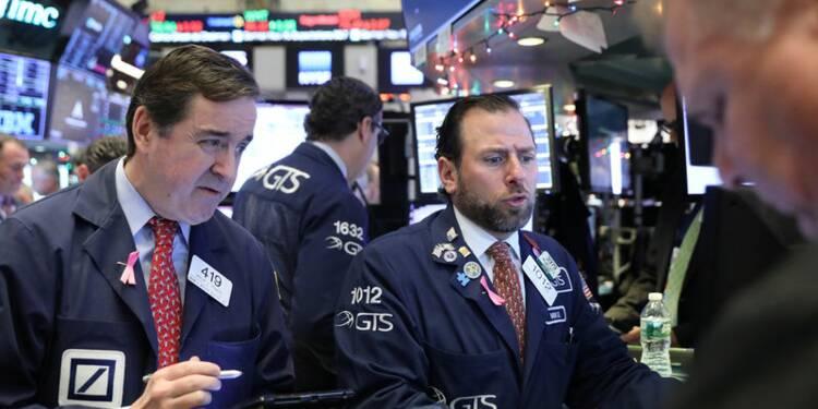 Wall Street monte avec les espoirs sur le commerce en attendant Powell