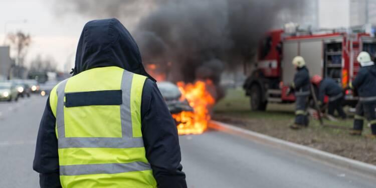 """Mouvement des """"gilets jaunes"""" : le vêtement fluo en rupture de stock !"""