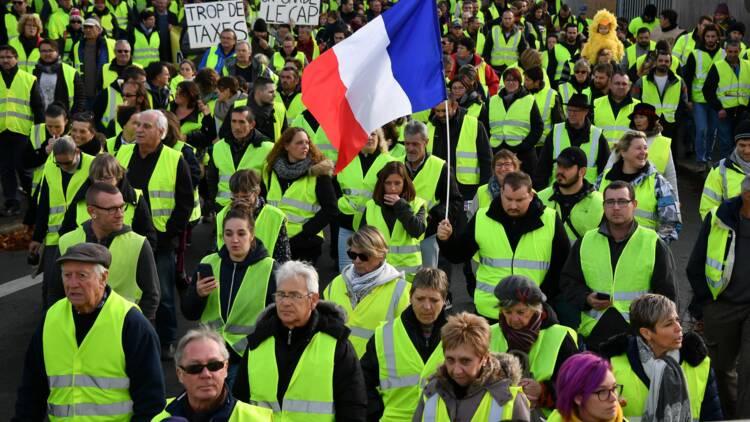 """""""Gilets jaunes"""" : les enseignes de la famille Mulliez prises pour cible à Saint-Brieuc"""