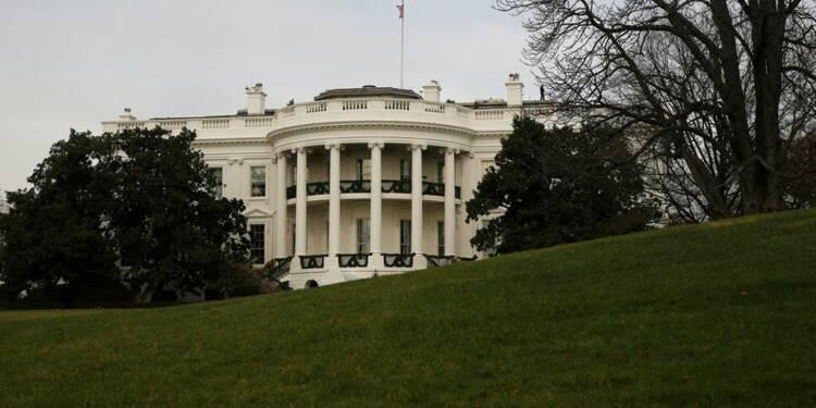La Maison blanche presse les patrons auto allemands d'investir aux USA