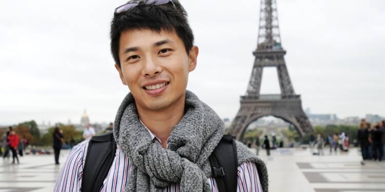 Gilets jaunes : les touristes chinois désertent la capitale