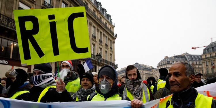 Débat : Pour ou contre le référendum d'initiative citoyenne ?