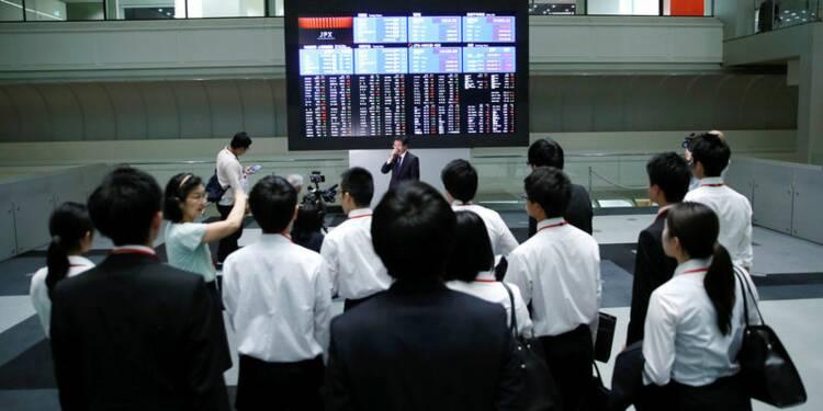 Le Nikkei à Tokyo finit en baisse de 1,82%