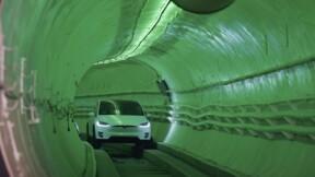 Elon Musk dévoile son tunnel urbain pour rouler en Tesla à 240 km/h