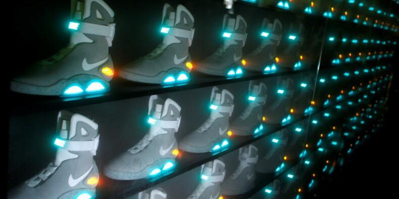Nike bat le consensus grâce aux ventes en ligne, le titre grimpe