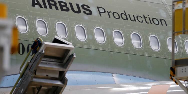 Airbus à la chasse aux commandes pour réduire l'écart avec Boeing