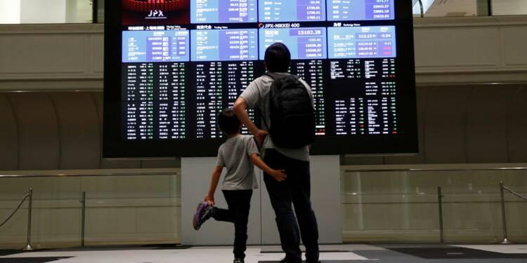 Le Nikkei à Tokyo clôture sur un bond de 2,44%