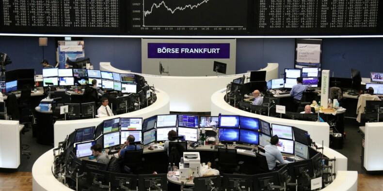 Wall Street devrait retomber avec l'Europe, le commerce pèse