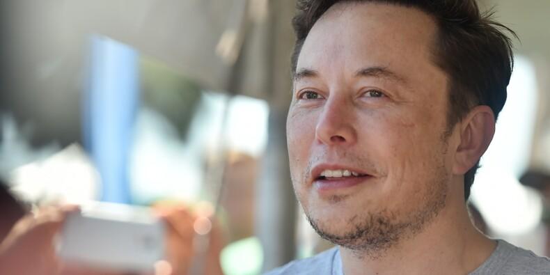 Tesla revient sur sa décision et décide de maintenir son réseau de concessionnaires