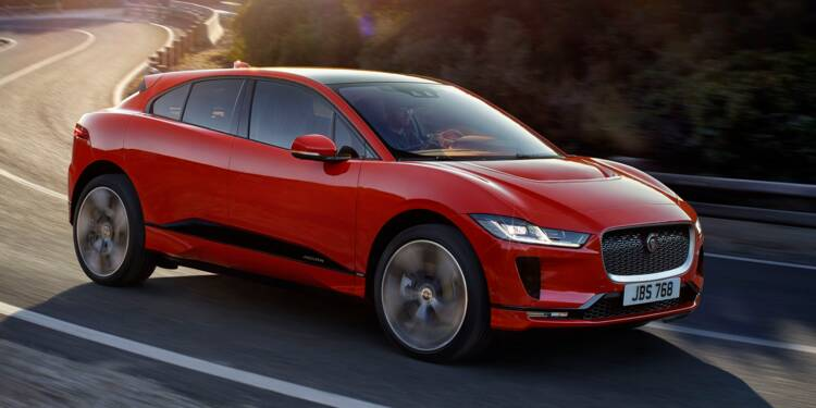 Avec sa XE SV Project 8, Jaguar tient la berline la plus rapide du monde