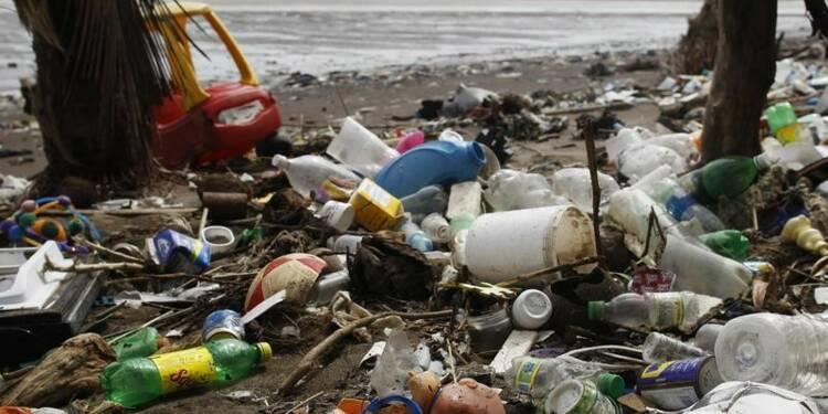 Total rejoint une alliance pour éliminer les déchets plastiques