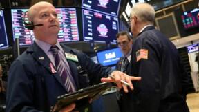 Wall Street ouvre en repli, Morgan Stanley et commerce pèsent
