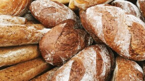 Baguettes, pains boule, pains complets... Quels pains choisir pour votre santé ?