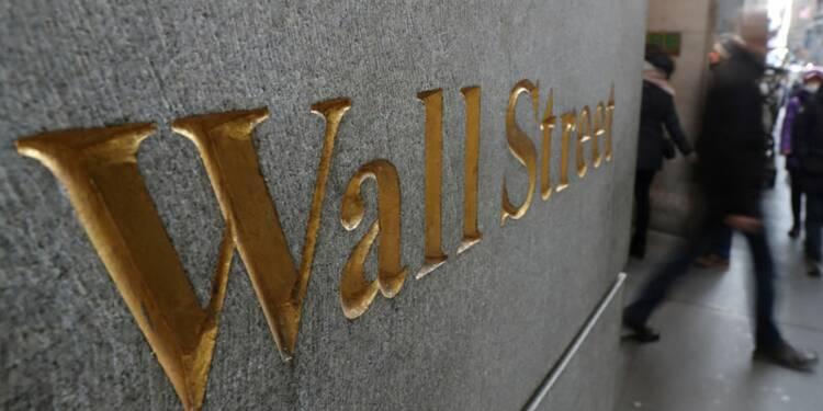 Wall Street en ordre dispersé après l'emploi, Amazon pèse sur le Nasdaq