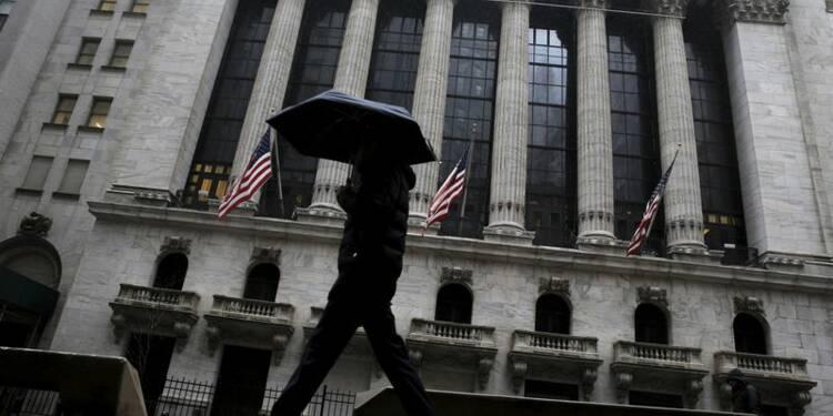 Wall Street recule, les craintes pour l'économie pèsent