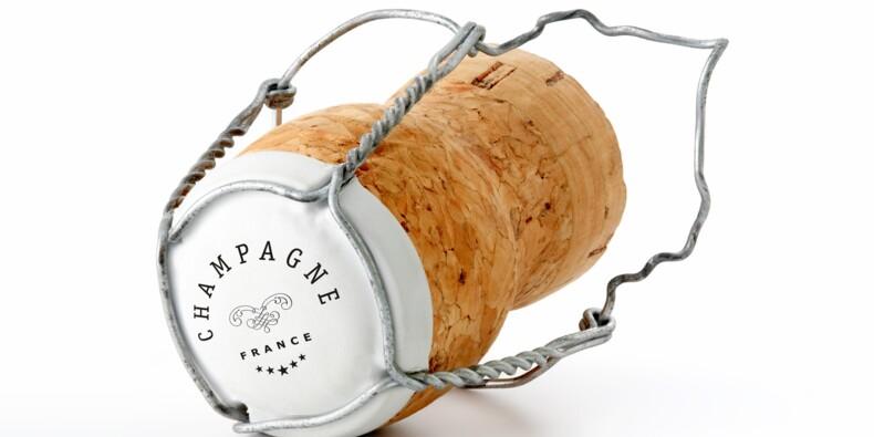Champagne : les ventes en chute libre en France