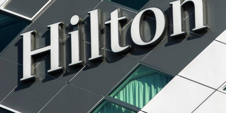 Hilton dépasse les attentes avec le bénéfice du quatrième trimestre