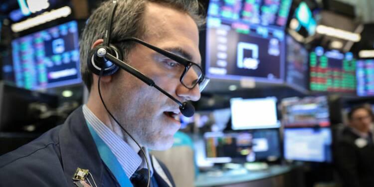 Wall Street recule après la baisse inattendue des ventes au détail