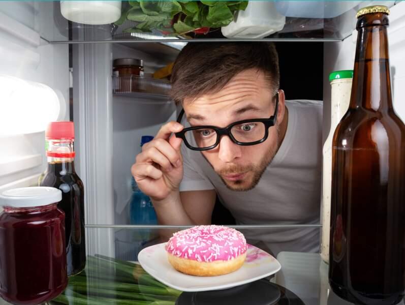 DLC, DDM... Plus de la moitié des Français ne comprennent pas les dates de péremption des produits alimentaires.