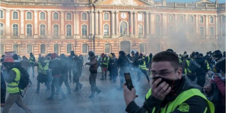 Violence contre les manifestants : pourquoi Yannick Jadot et les Verts ne soutiennent pas la résolution européenne