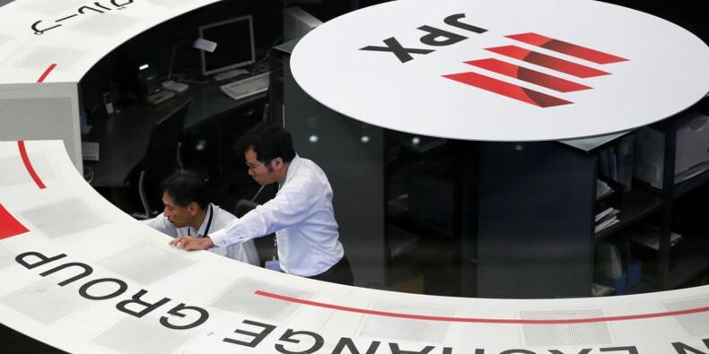 Tokyo finit en hausse de 1,82%