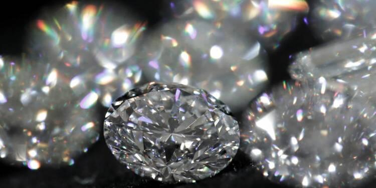 Enquête sur des ventes de diamants en Italie, saisies dans 4 banques
