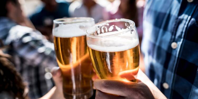 L'offensive des députés LR pour le retour de l'alcool dans le sport