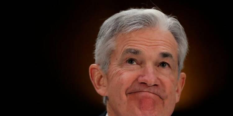 """La patience reste de mise malgré une croissance """"solide"""", estime Powell"""