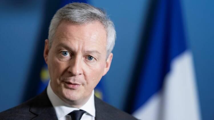 """AF-KLM doit être géré """"sans interférence étatique"""", selon Le Maire"""