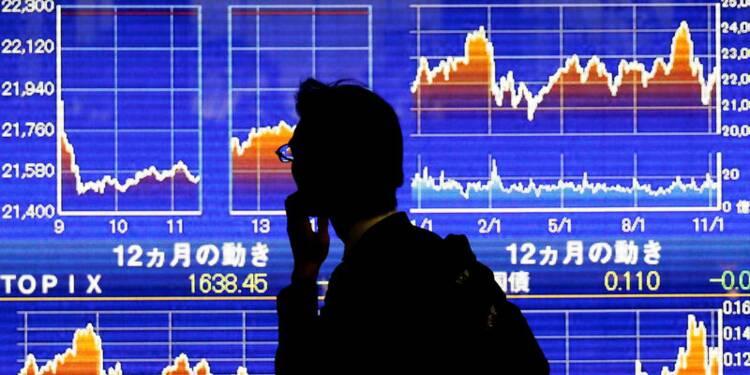 Le Nikkei à Tokyo finit en hausse de 1,02%