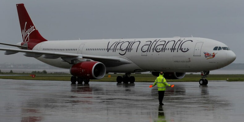 Virgin n'oblige plus son personnel de cabine féminin à se maquiller