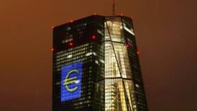 La BCE repousse la hausse des taux, nouveaux prêts aux banques