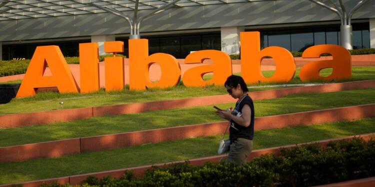Alibaba investit 693 millions de dollars dans un groupe chinois de messagerie