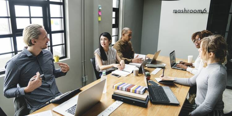 Au travail, voici comment réussir une négo avec un client étranger