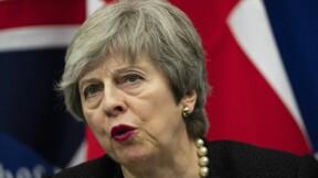 """Brexit : les députés britanniques rejettent l'accord, le spectre du """"no-deal"""" resurgit"""