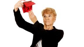 Hausse de la CSG : une perte moyenne de 27 euros par mois pour les retraités