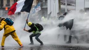 Gilets jaunes : pourquoi l'amende de 135 euros est impossible à appliquer ?
