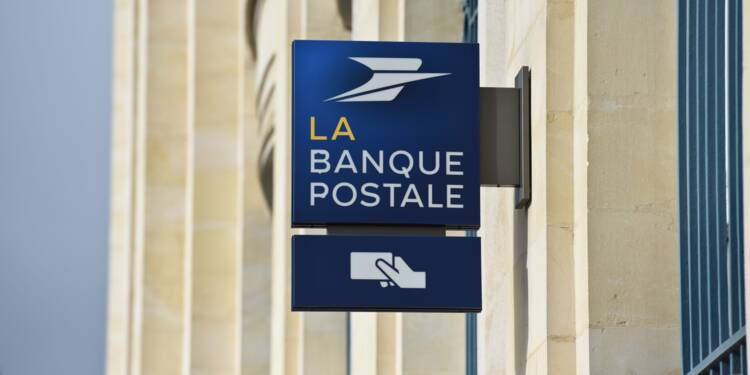 Banque Postale Et Maintenant Des Cartes Bancaires