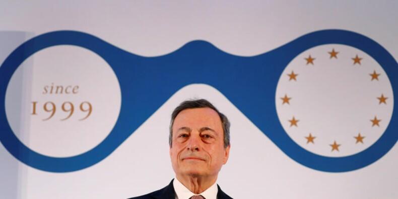 La BCE peut repousser encore la hausse des taux si besoin, dit Draghi