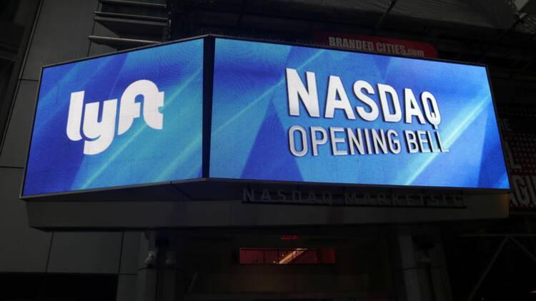 Lyft gagne près de 20% pour ses débuts sur le Nasdaq