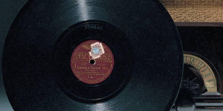 Europe 1 Organise Une Vente Aux Ench 232 Res De Ses Vinyles