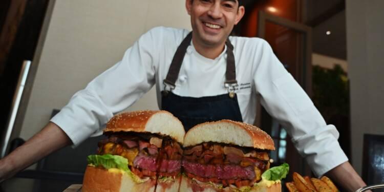 Japon : le prix fou d'un burger pour l'arrivée du nouvel empereur