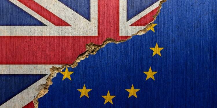 """Brexit : le no deal """"devient chaque jour plus probable"""", avertit l'Union européenne"""